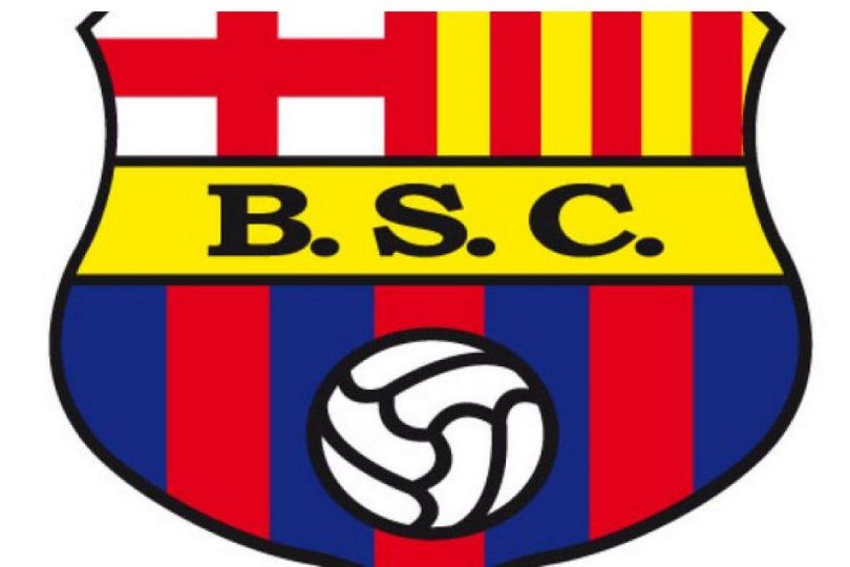 Foto:Barcelona de Guayaquil. Un club ecuatoriano, fundado por un grupo de catalanes en 1925, tomó prestada esta insignia.