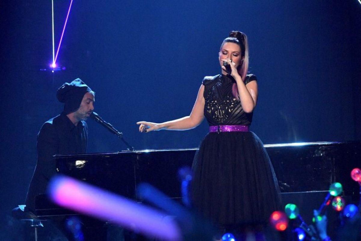 Getty Images Foto:Con Laura Pausini en los Premios Juventud
