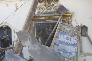 AP Foto:Otra vista del interior de la iglesia de San Antonio