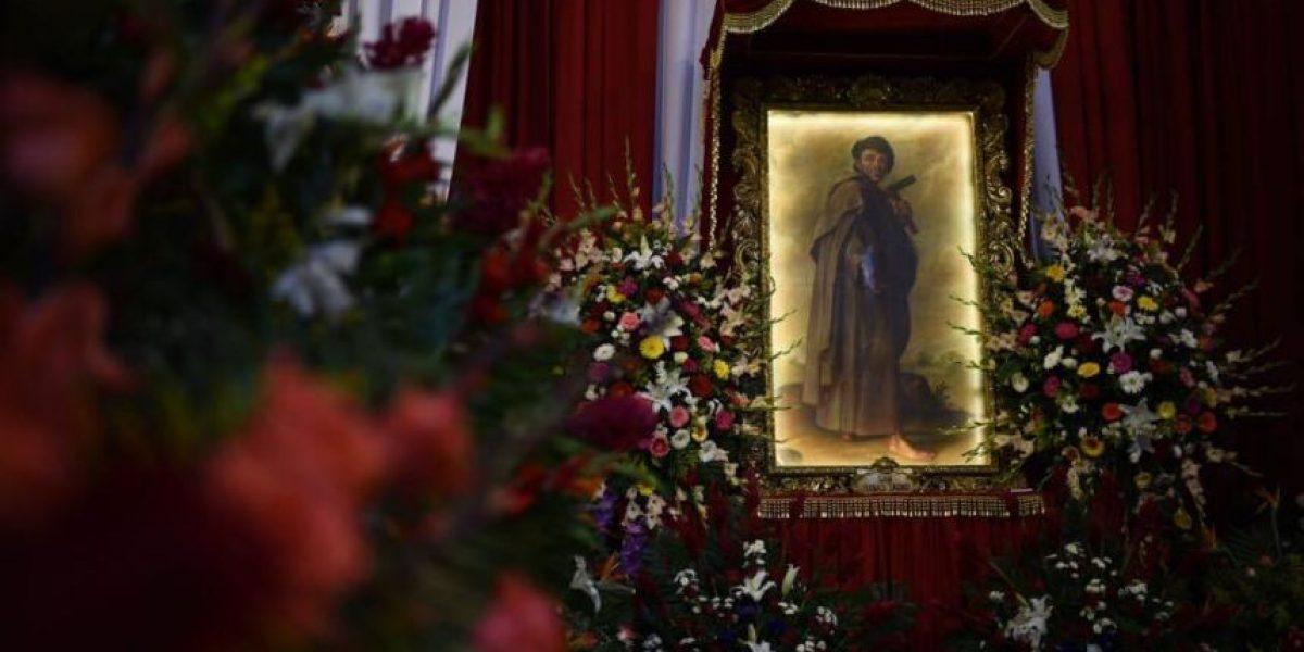 Fieles se desbordan para visitar a San Judas Tadeo y dar