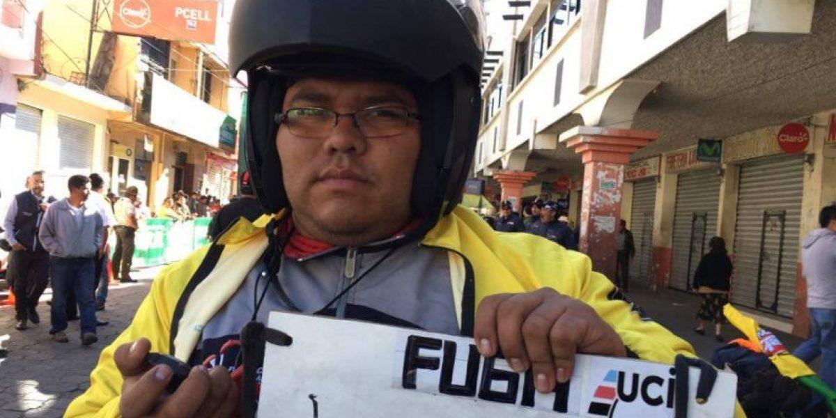 """""""La chismosa"""" y los comisarios de la Vuelta a Guatemala"""