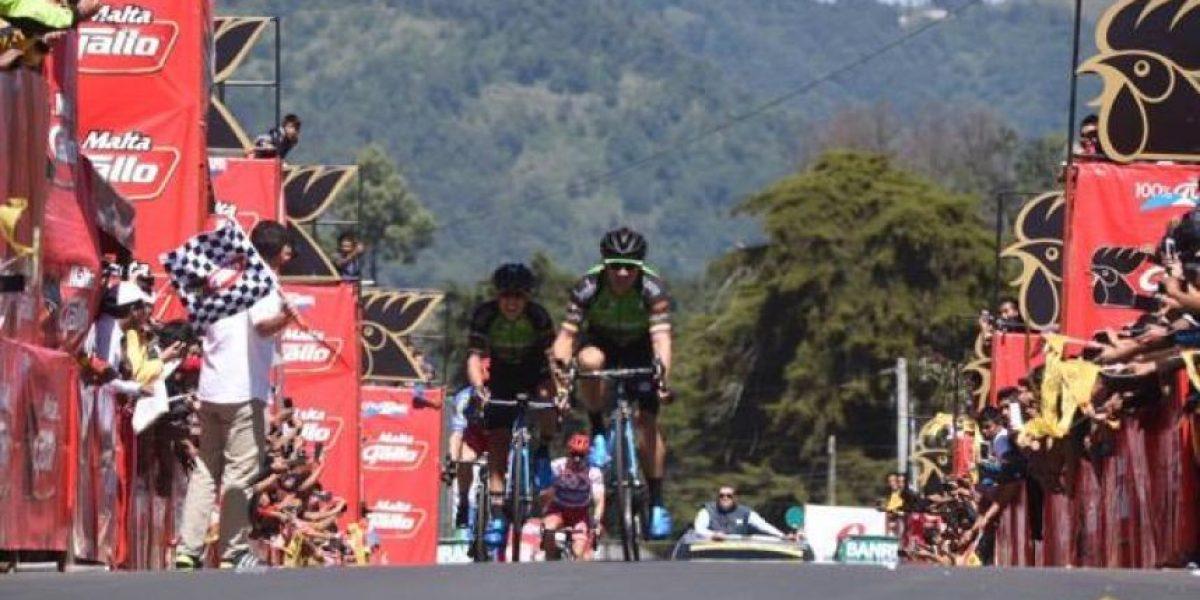 Villalobos toma el control en la Vuelta