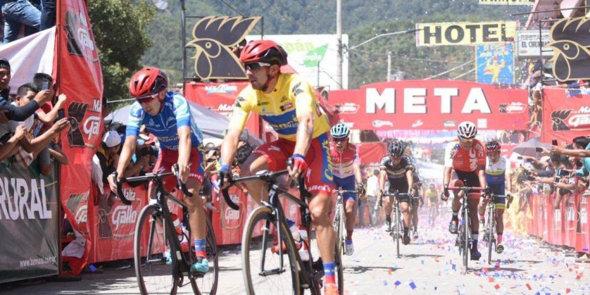 Román Villalobos el ciclista, el padre amoroso y gustoso del rock