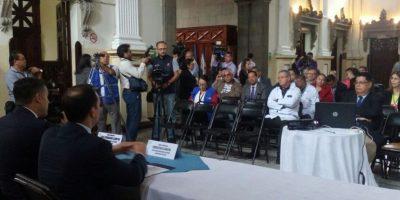 Amparan a trabajadores de Salud que fueron citados por diputado Hernández