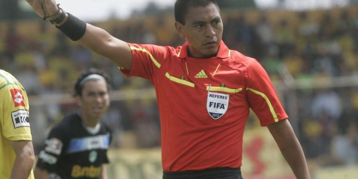 Árbitro guatemalteco Walter López responde a comentario de famoso analista de ESPN