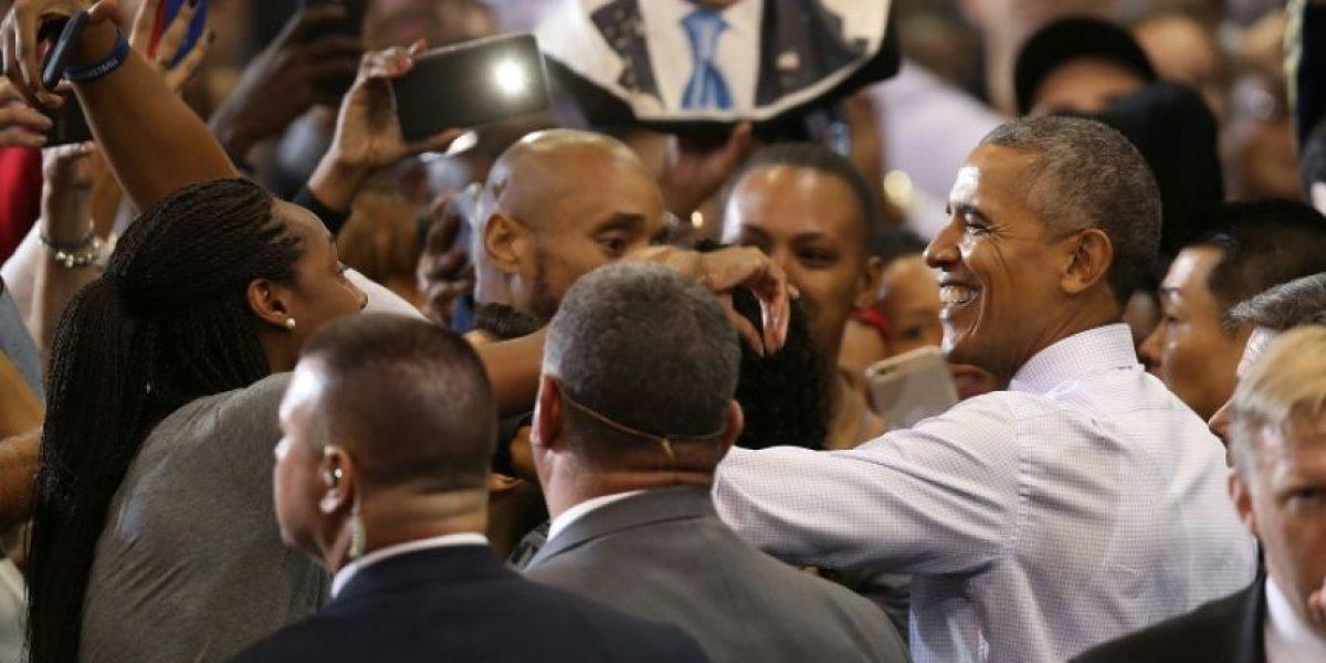 Barack y Melania al rescate en estrecha campaña electoral de EEUU