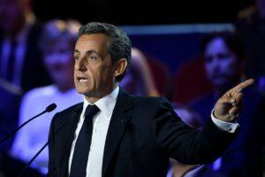 El expresidente y candidato francés Nicolás Sarkozy durante el debate de las primarias de la derecha el 3 de noviembre de 2016 en París Foto:Eric Feferberg/afp.com