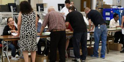 Varias personas registran su sufragio en centros de votación anticipados el 3 de noviembre de 2016 en Miami Foto:Rhona Wise/afp.com