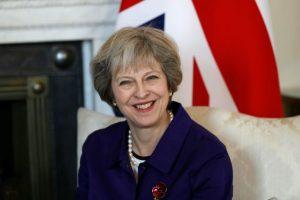 La primera ministra británica, Theresa May, en el número 10 de Downing Stret, residencia oficial de su cargo, en Londres el 2 de noviembre de 2016 Foto:Kirsty Wigglesworth/afp.com