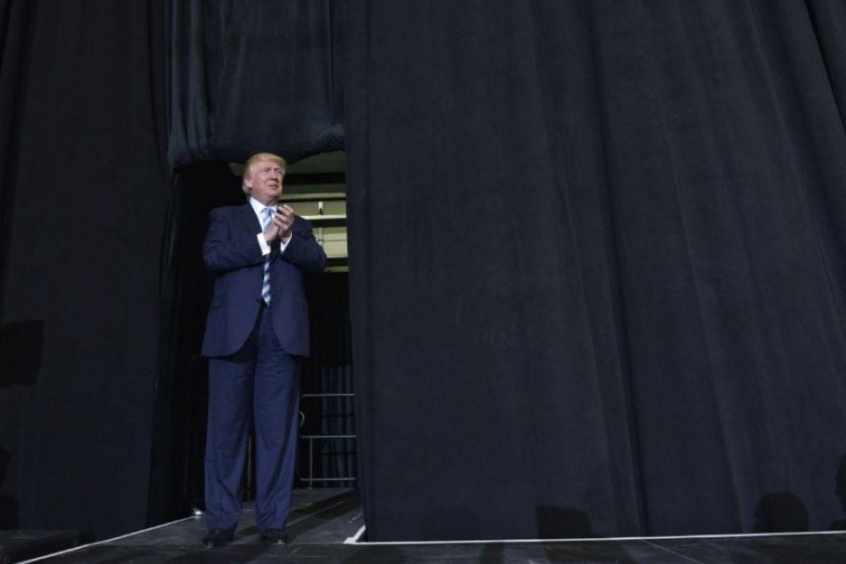 El candidato republicano a la presidencia de EEUU, Donald Trump, llega a un mitin en Sarasota, Florida, el 7 de noviembre de 2016 Foto:Mandel Ngan/afp.com