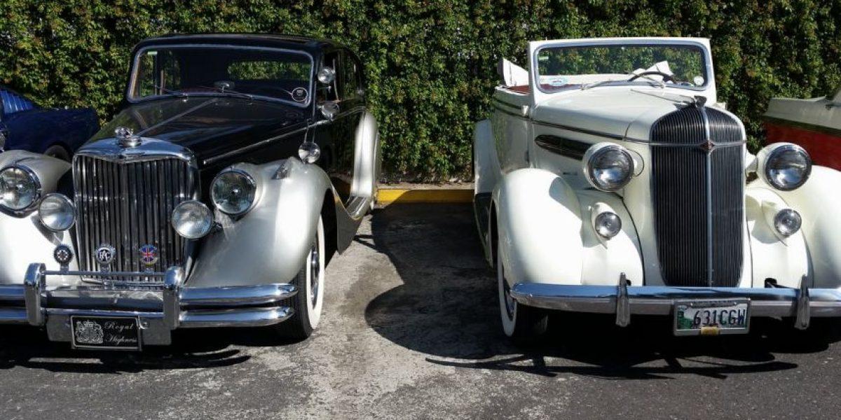 Disfruta de más de 300 automóviles antiguos en El Rock de los Carros