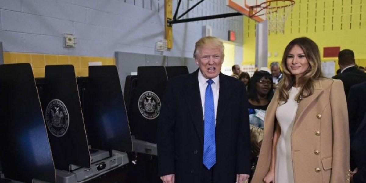#ElectionDay Trump acude a votar acompañado de su esposa y su hija