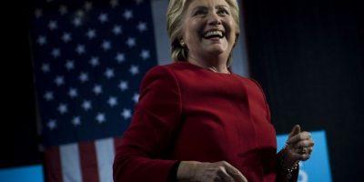 #ElectionDay Hillary Clinton deposita su voto en una escuela de Nueva York
