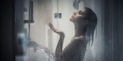 5 beneficios de ducharte por las noches que te encantarán