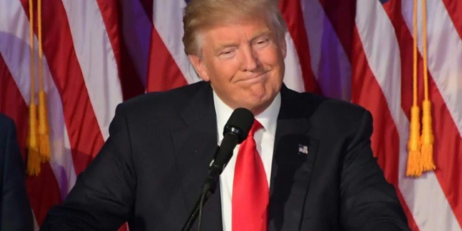El presidente electo de EEUU, Donald Trump, comparece para hablar de su victoria electoral el 9 de noviembre de 2016 en Nueva York Foto:Jim Watson/afp.com