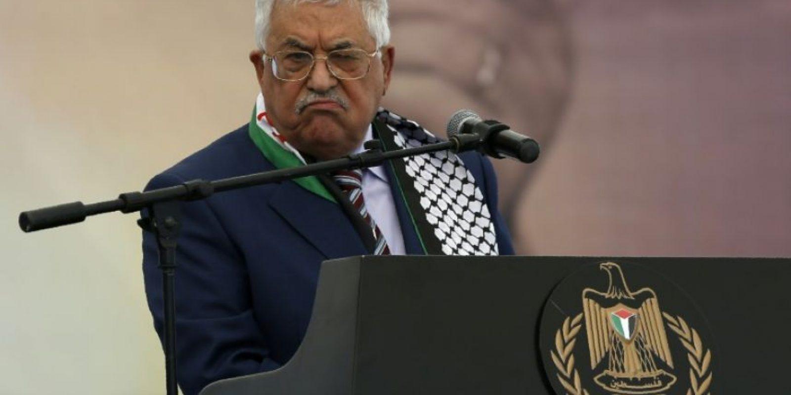 El presidente de la Autoridad Palestina, Mahmud Abas, durante la celebración del duocécimo aniversario de la muerte del líder palestino Yaser Arafat, en Ramala (Cisjordania), el 10 de noviembre de 2016 Foto:Abbas Momani/afp.com