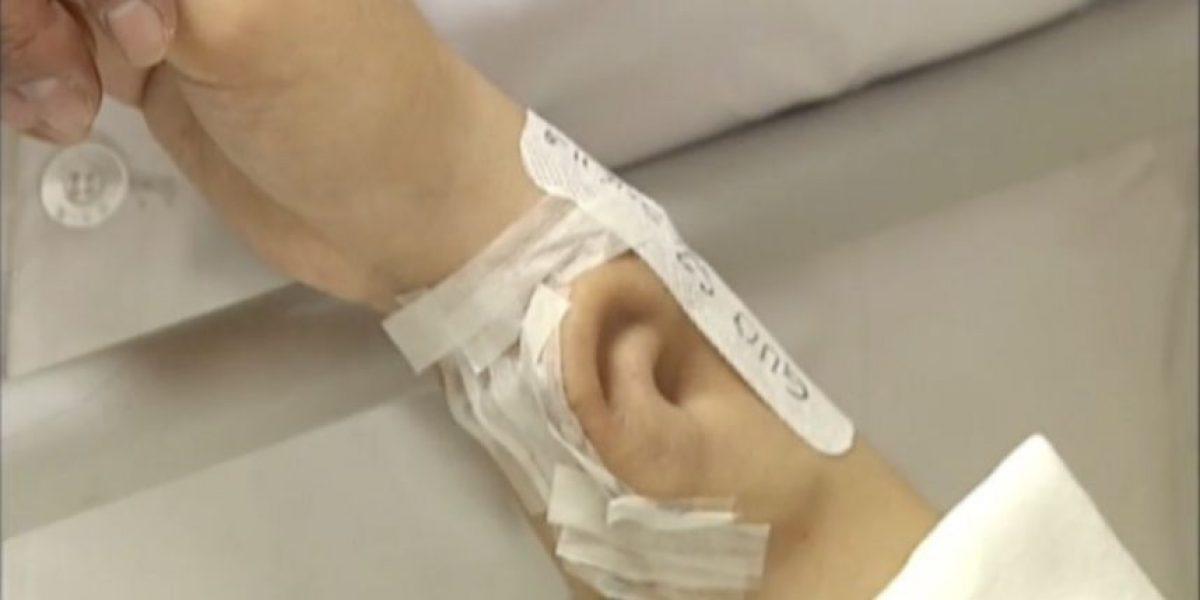 ¡Increíble! Médico trasplanta oreja en brazo de paciente