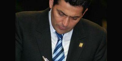 Óscar Chinchilla, presidente del Congreso, estrena cuenta oficial en Twitter
