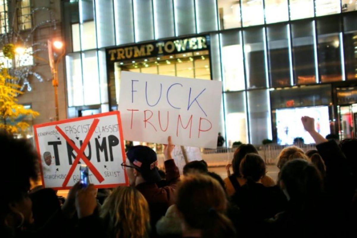 Manifestantes protestan contra la elección de Donald Trump como presidente el 10 de noviembre de 2016 en Nueva York Foto:Kena Betancur/afp.com