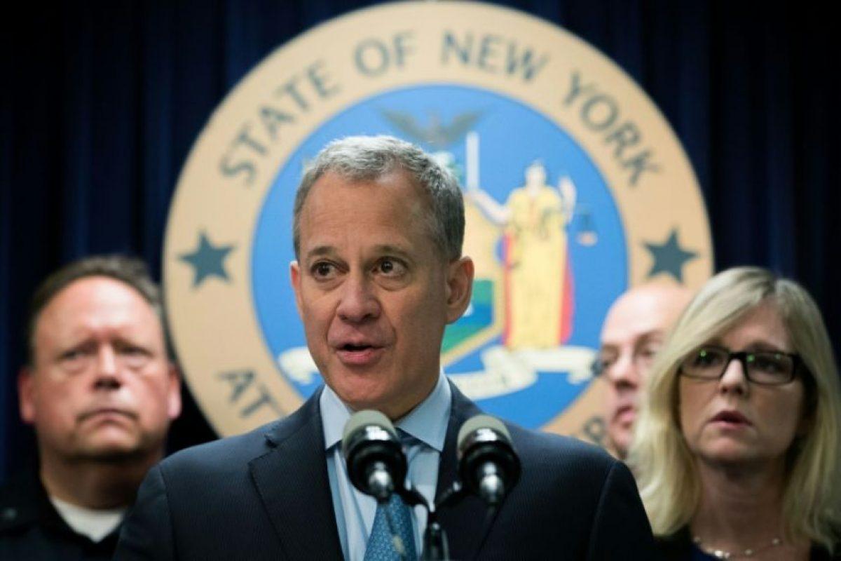 El Fiscal General de Nueva York Eric Schneiderman durante una conferencia de prensa el 23 de septiembre de 2016 en Nueva York Foto:Drew Angerer/afp.com