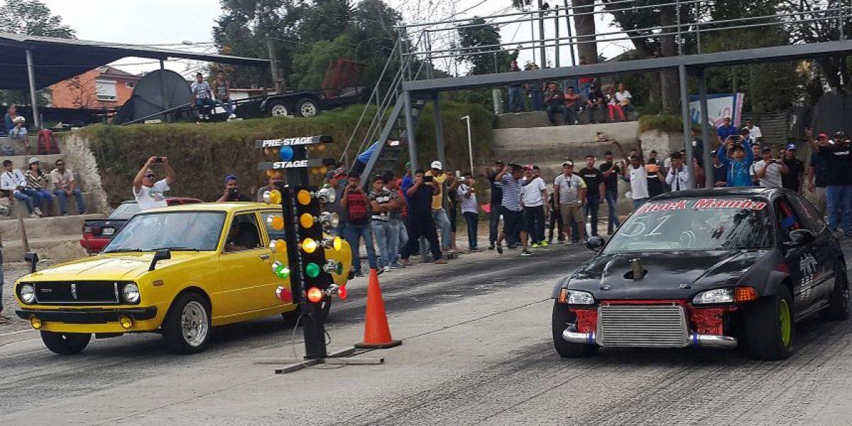 Pilotos guatemaltecos irán por los nueve segundos en el cuarto de milla este domingo