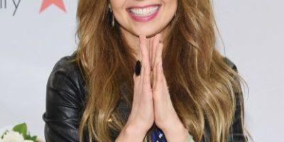 Thalía se muestra en pijama y sin maquillaje en Instagram
