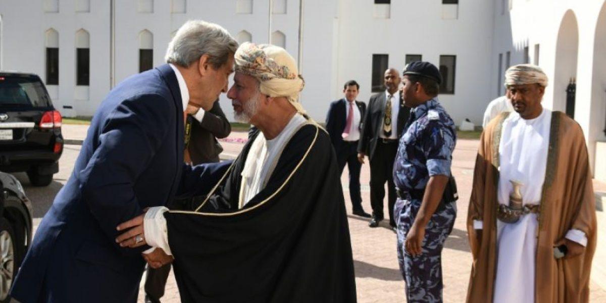 Kerry en Omán para reuniones sobre el conflicto de Yemen