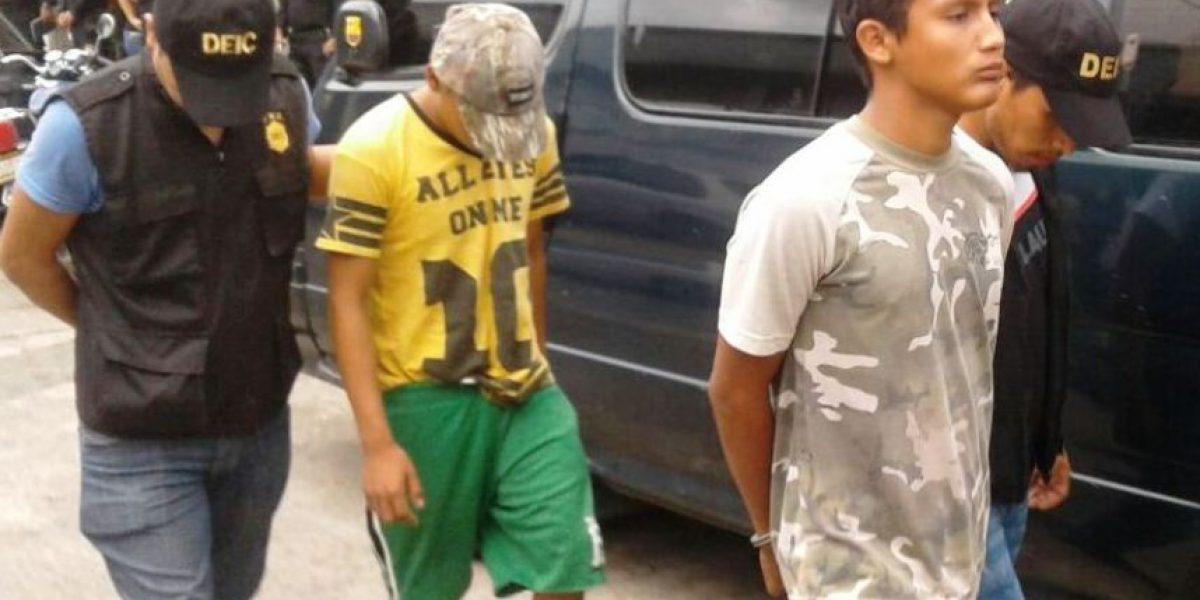 Tienen 17 y 18 años y fueron detenidos portando armas y señalados de otros delitos