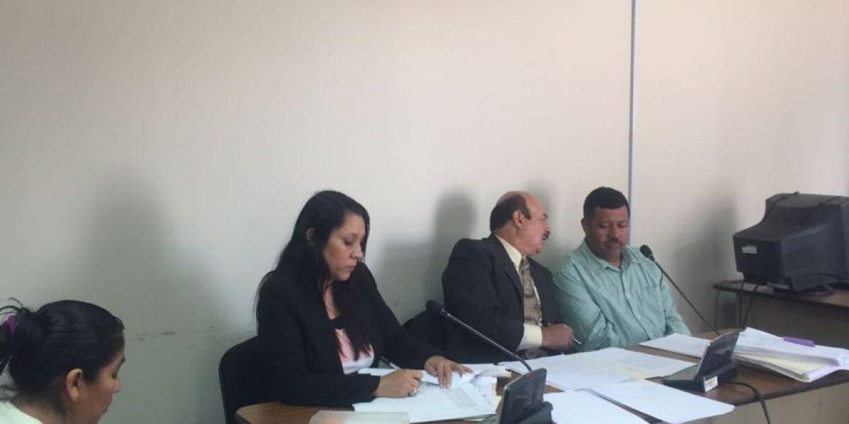 Tribunal condena a una mujer y a su pareja por maltrato de niño