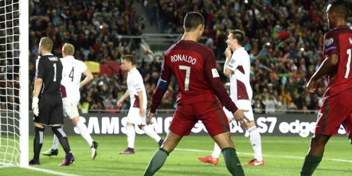 Portugal vence a Letonia con doblete y penal fallado de Cristiano Ronaldo