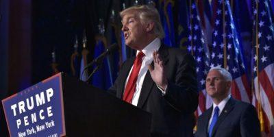 El entonces candidato presidencial republicano, Donald Trump, junto a su compañero de fórmula y candidato a vicepresidente, Mike Pence (dcha), en Nueva York el 9 de noviembre de 2016 Foto:Mandel Ngan/afp.com
