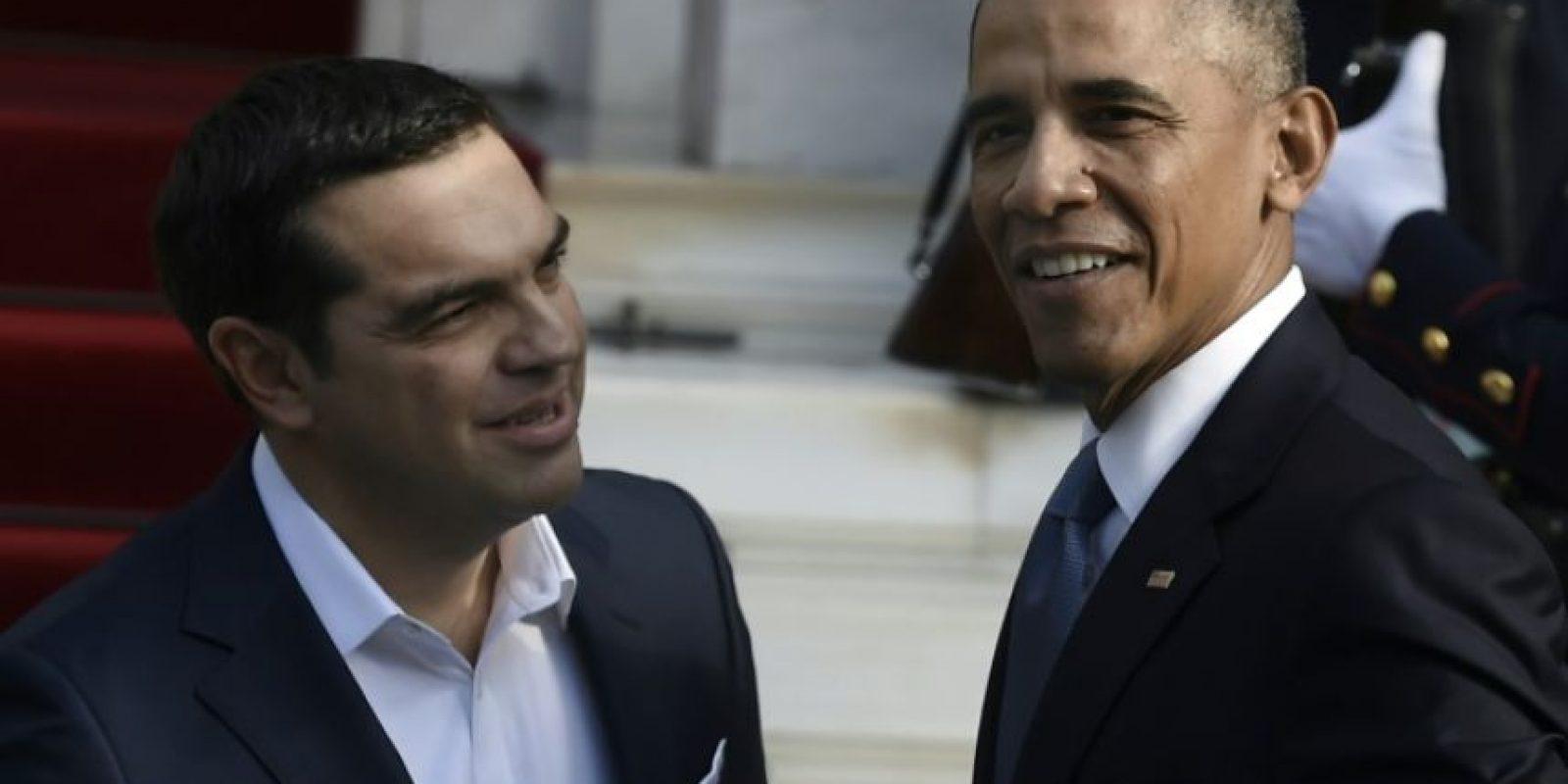 El primer ministro griego, Alexis Tsipras (izq), con el presidente estadounidense, Barack Obama, tras reunirse en Atenas el 15 de noviembre de 2016 Foto:Aris Messinis/afp.com