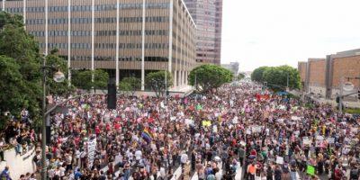 Protesta en Los Angeles contra la elección de Donald Trump como presidente, el 12 de noviembre de 2016 Foto:RINGO CHIU/afp.com