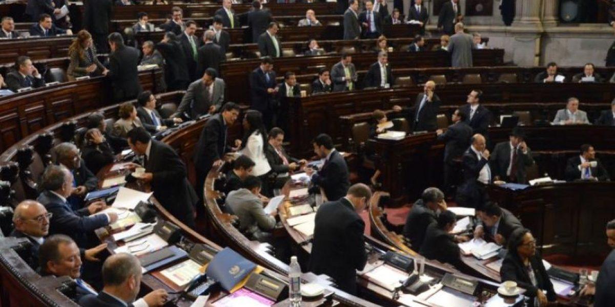 #ApruebenReformas es la petición que hacen al Congreso ciudadanos y sectores en las redes sociales