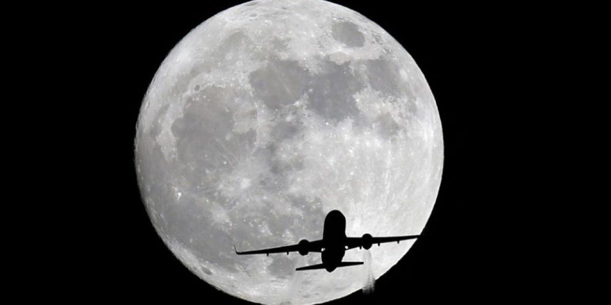 La súper Luna en los cielos de todo el planeta