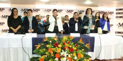 Fiscal general Thelma Aldana anuncia la creación de fiscalía especializada en muertes de mujeres