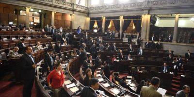 FCN-Nación abandona sesión y las reformas judiciales se estancan