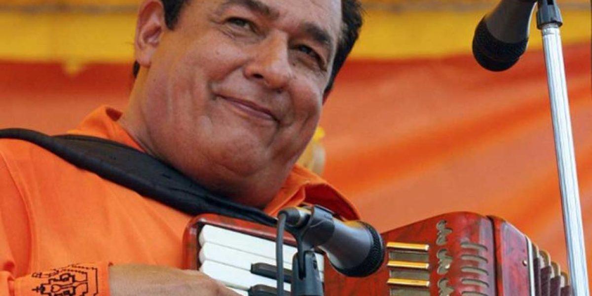 Carlos Mejía Godoy es galardonado con un Grammy Latino