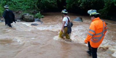 Localizan a una de tres arrastradas por un río en Malacatán, San Marcos