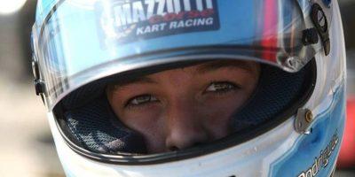 Ian es el piloto más joven que representa a Guatemala en Europa