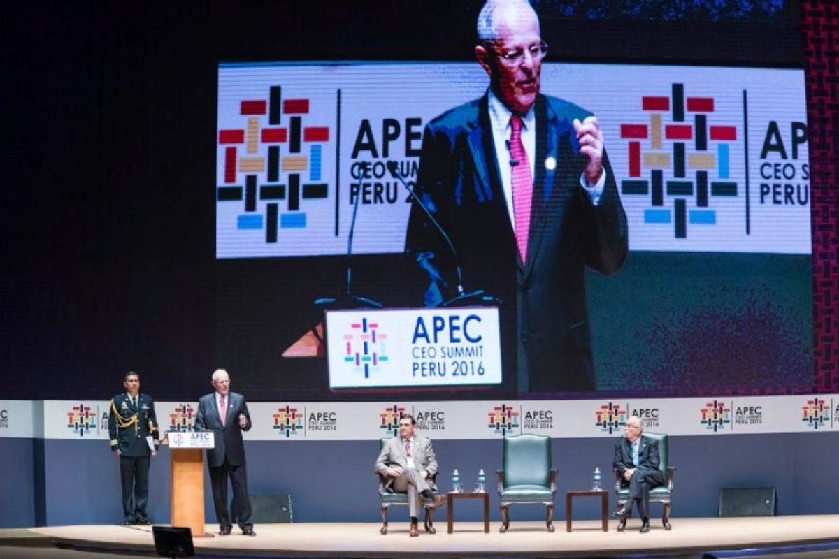 El presidente de Perú Pedro Pablo Kuczynski durante la apertura de la cumbre de APEC el 18 de noviembre de 2016 en Lima Foto:STR/afp.com