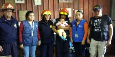 La historia de Angely, la bebé de cinco meses que estuvo en un autobús
