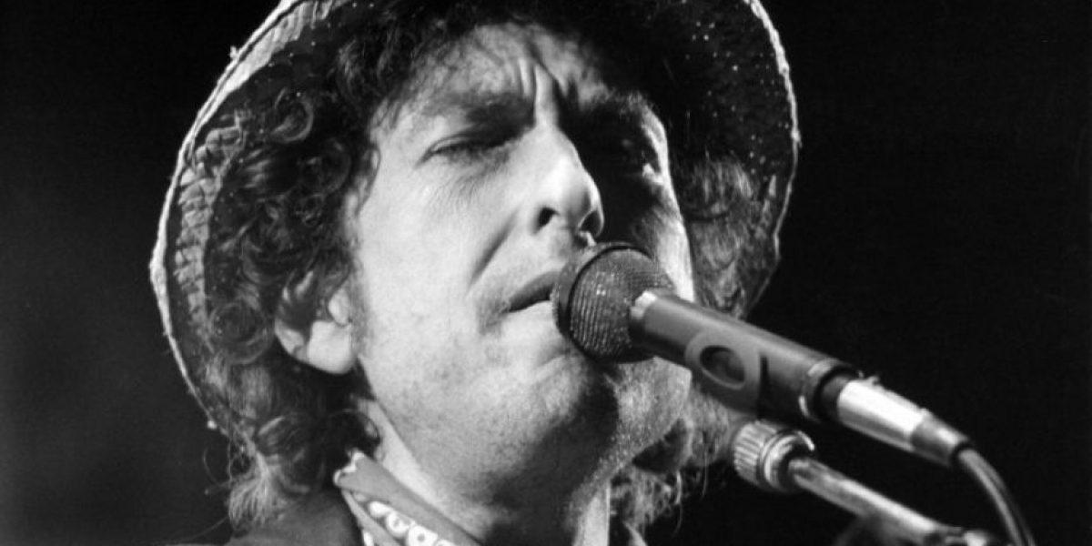 Dylan podría dar discurso por Nobel el próximo año
