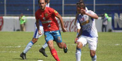 Municipal sumó tres puntos en la cancha de Mazatenango y recobró el liderato. Foto:rojos.com