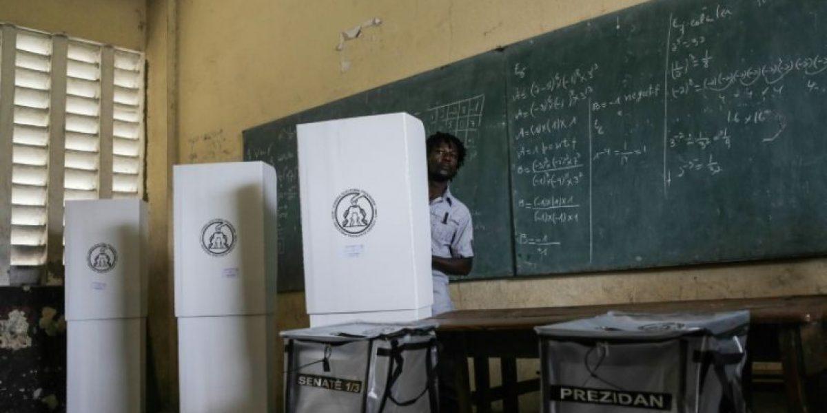 Larga espera de resultados tras calma jornada electoral en Haití