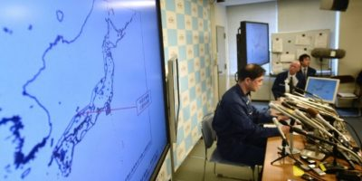 El oficial de la agencia meteorológica de Japón Gen Aoki durante una conferencia de prensa el 21 de octubre de 2016 en Tokio Foto:Kazuhiro Nogi/afp.com