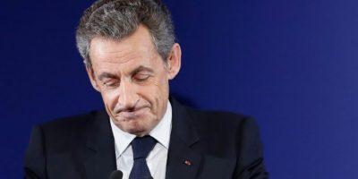 El expresidente francés y candidato a las primarias de la derecha para las elecciones de 2017, Nicolas Sarkozy, da un discurso en la sede de su campaña en París tras ser derrotado en la primera vuelta de las primarias, el 20 de noviembre de 2016 Foto:Ian Langsdon/afp.com