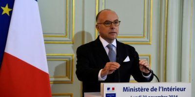 El ministro de Interior francés, Bernard Cazeneuve, en una rueda de prensa en París, el 21 de noviembre de 2016 Foto:Bertrand Guay/afp.com