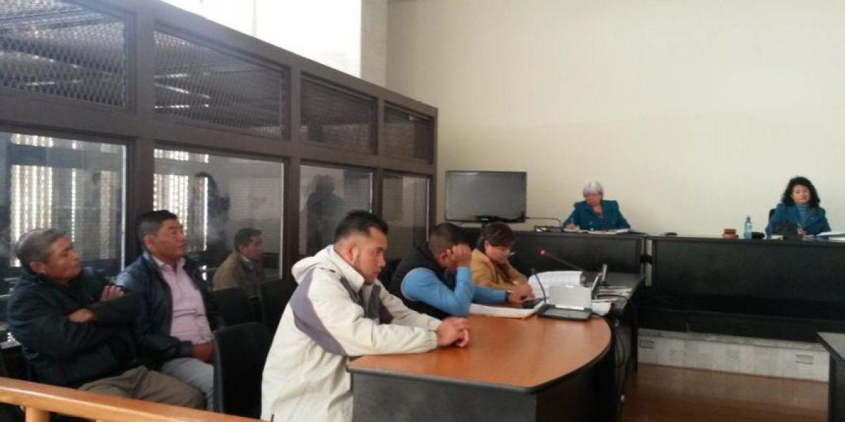 Tribunal inicia juicio en contra de un exalcalde, su hijo y otras tres personas por atentado