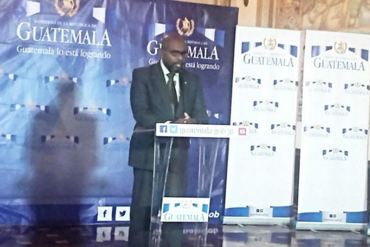 El ministro dio a conocer las medidas en una presentación con la prensa. Foto:Ministerio de Ambiente y Recursos Naturales